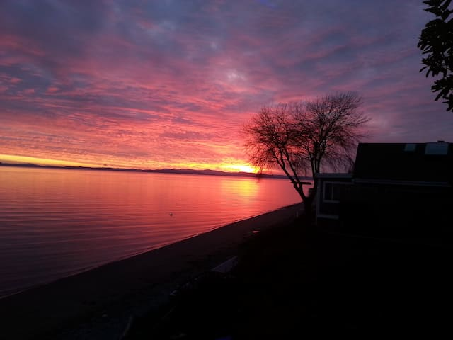 Spectacular Waterfront Home for Rent!!! - Point Roberts