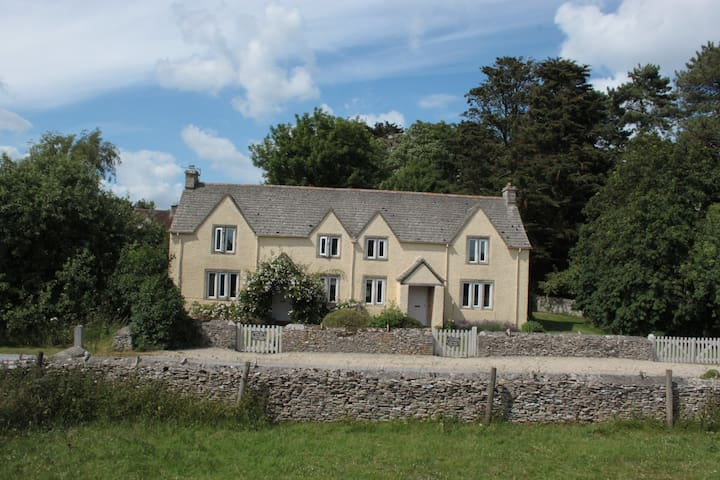 Spacious Country Cottage with private garden - Bibury - Kulübe
