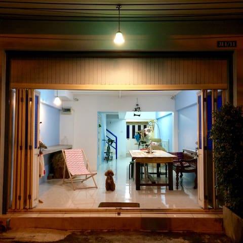 Spin 'n sleep hostel - Tambon Samaesarn - Vandrarhem