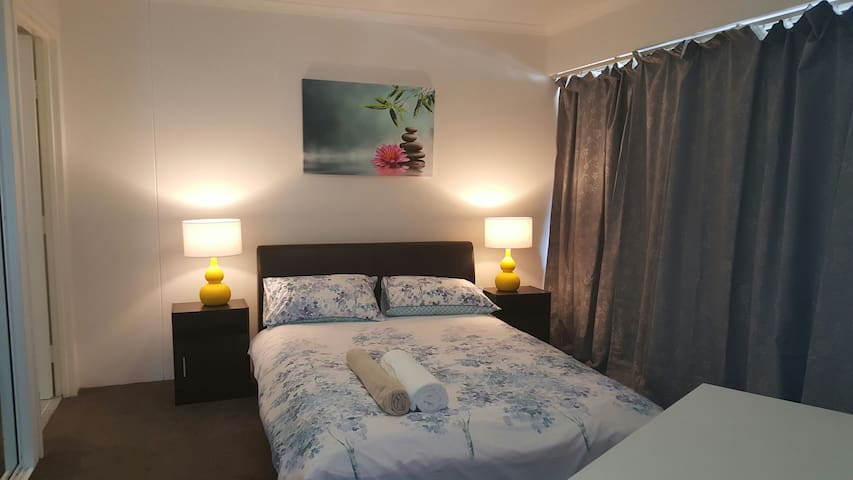 Family apartment in Canberra City - Braddon