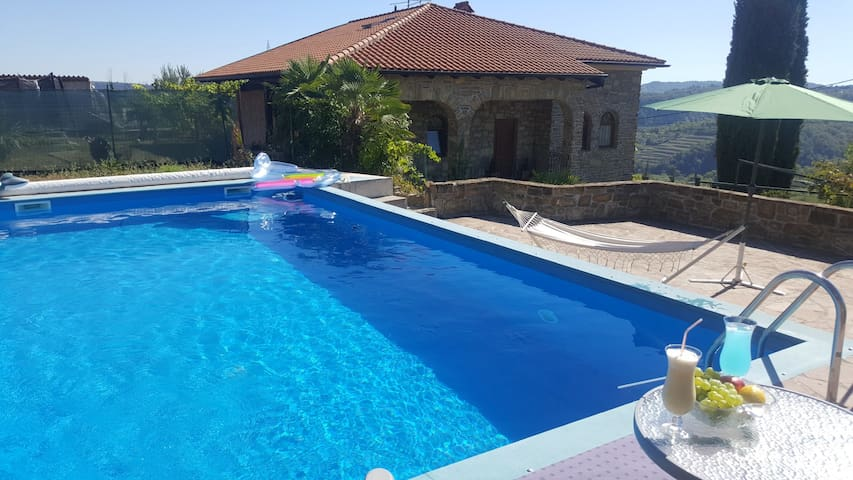Izola - Baredi,  Premium house with pool - Baredi - Huis