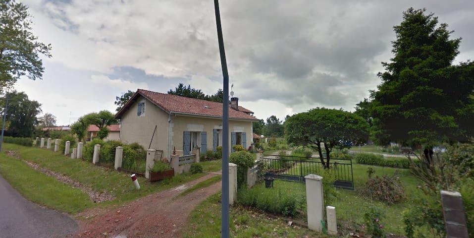 Maison de campagne - Commensacq - Haus