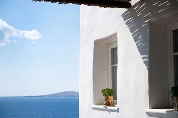 Mykonos 5 bedroom villa with unlimited sea View - Agios Ioannis Diakoftis - Villa