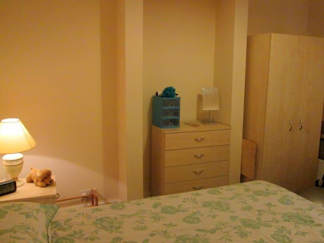 Central comfortable accomodation - Christchurch - Hus