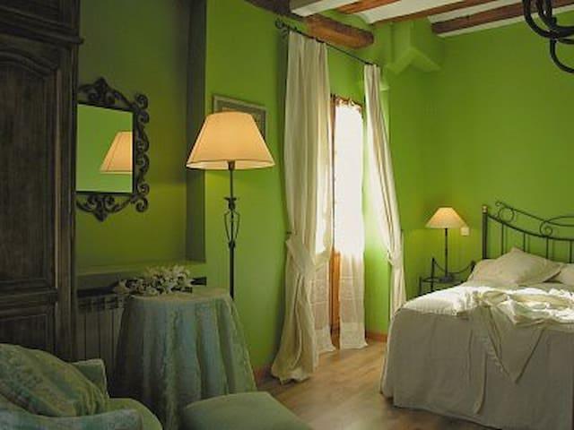 Hotel,bar-restaurante,Hab. 15 - Miranda de Arga - Bed & Breakfast