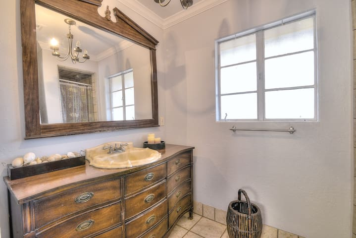 Remodeled Historic Home Central Phoenix - Phoenix - Casa