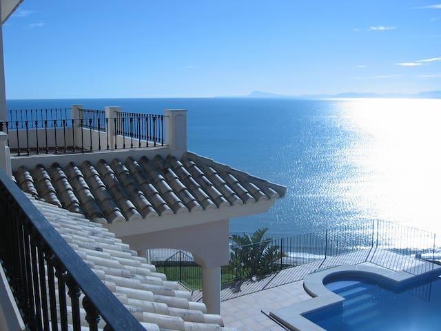 LUXURY VILLA WITH SPECTACULAR SEA VIEWS - Faro de Cullera - Villa