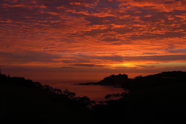 Coastal Ocean Views - Matapouri - Huis