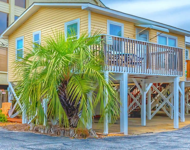 """Sun Baby"" Key West Cottage-Steps 2 Sea, Pool/Pets - Gulf Shores - Cabana"