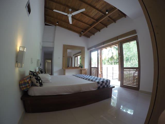 Left Bank,Hikkaduwa,Sri Lanka - Hikkaduwa - Appartement