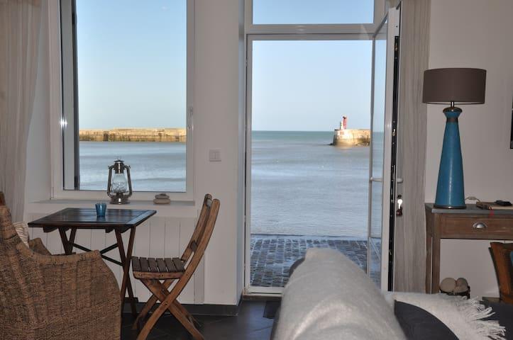 Les Trois Moussaillons*** sea view - Port-en-Bessin-Huppain - Hus