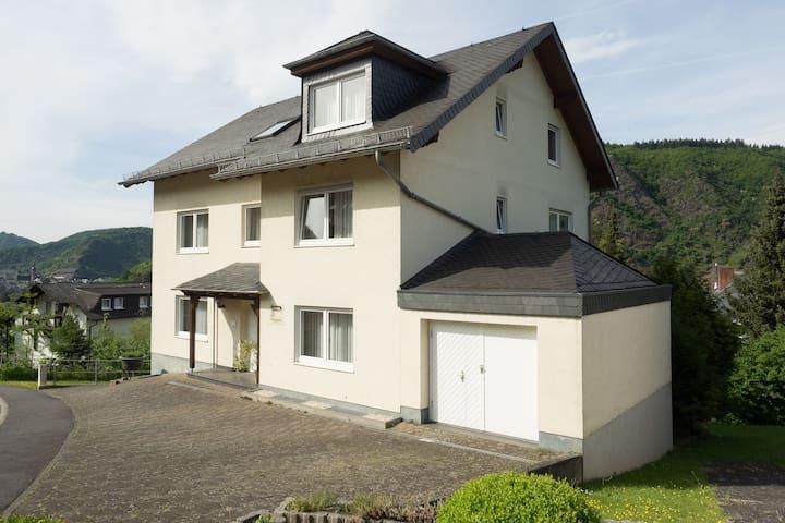 Gemütliche Wohnung mit tollem Blick - Cochem - Appartement