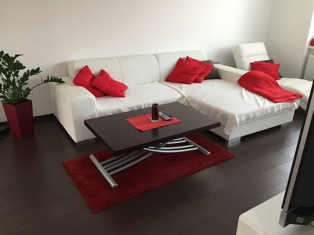 Sunny and modern apartment - Trnava - Appartement