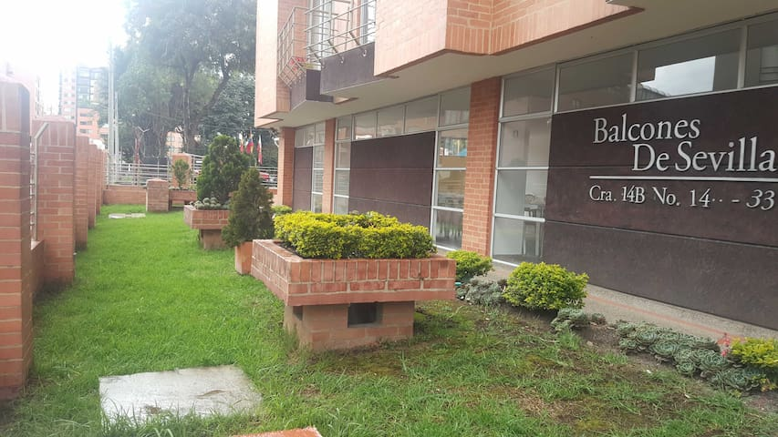 Cofortable apartament, best located. - Bogotá - Daire