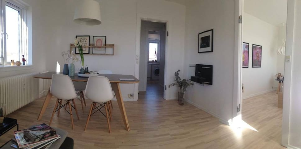 Cosy, light and homely apartment - Søborg - Apartmen