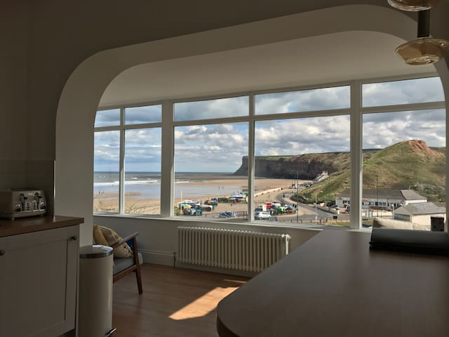 Burnsyde Beach House - Luxury Holiday Home - Saltburn-by-the-Sea - Bungalow