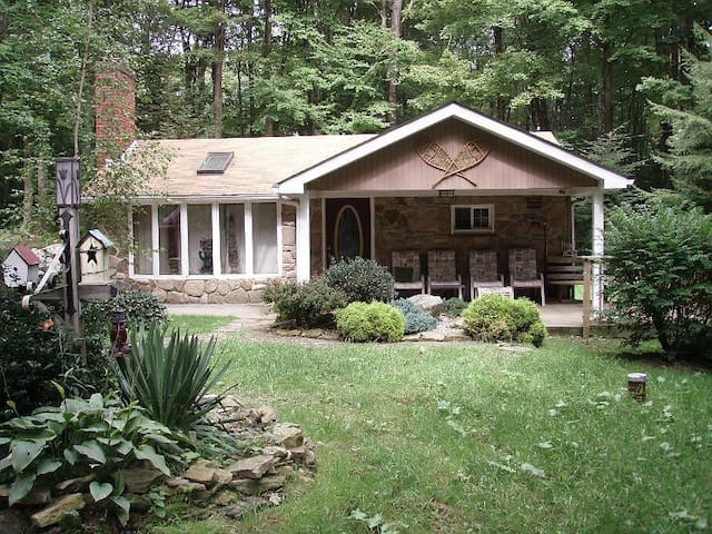Seven Springs Area With Hot Tub 3Br - Somerset - Hus