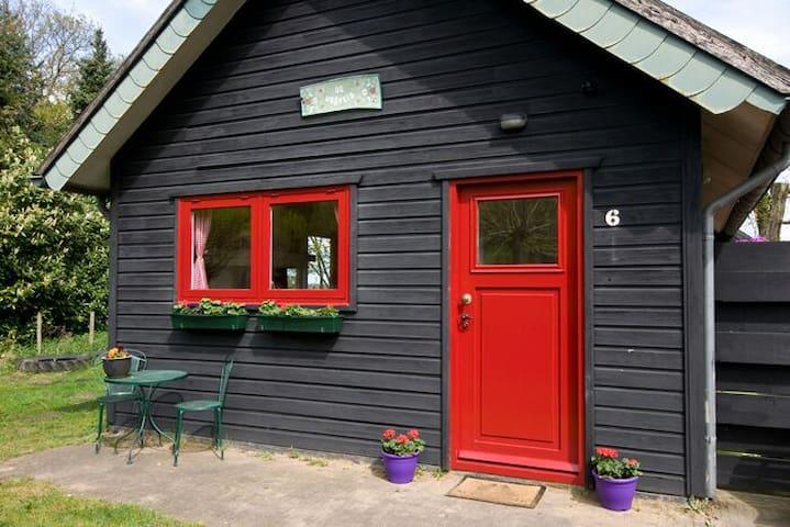 in het bos:vakantiehuis De Vrijheid - Diessen - Ev