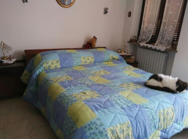Camera da letto con bagno TV ,wi fi - San Carlo I - Huis