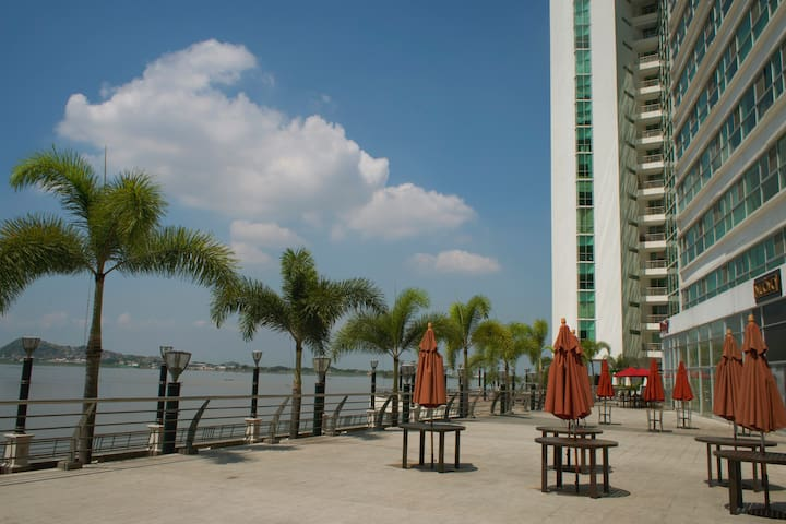 Downtown apartment in the best part of town. - Guayaquil