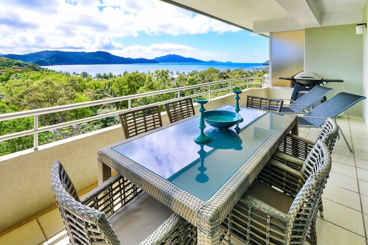 Superior Quality & Central Location Poinciana 204 - Whitsundays - Appartement