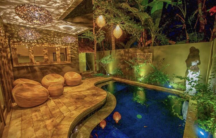 Luxury room #4 in a beautiful Senggigi villa - Batu Layar - Villa