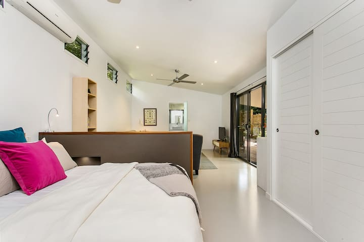 Studio 45 -private and peaceful - Byron Bay - Banglo