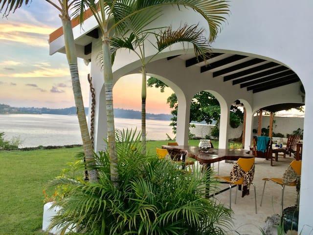 Stunning views - Port Vila - Hus