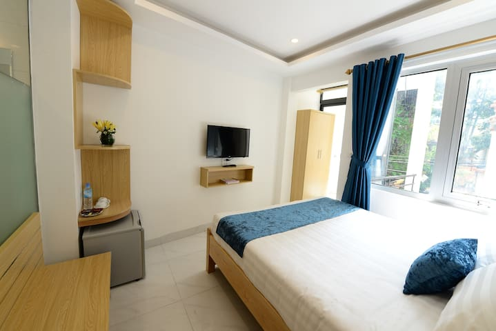 Hanoi Holiday,Center,dbl with AC,face to street - VN - Bed & Breakfast