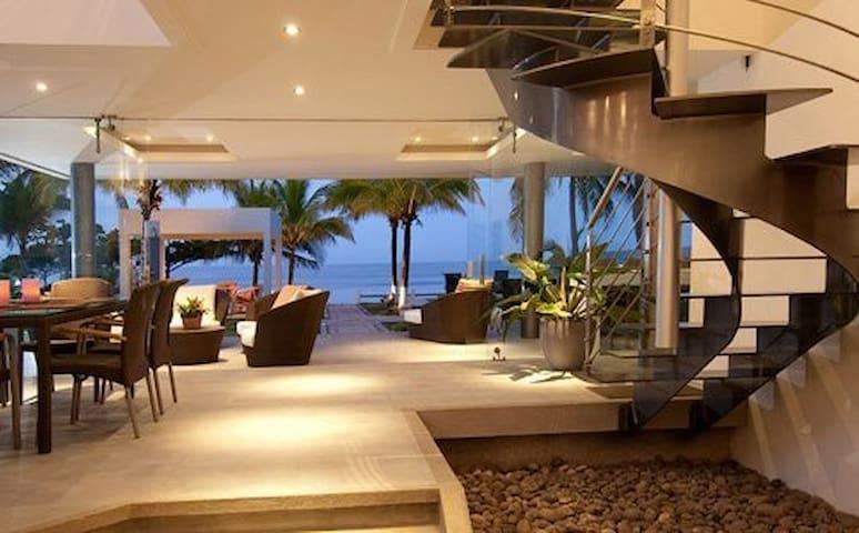 Amazing beach-front luxury modern house - Playa Tivives
