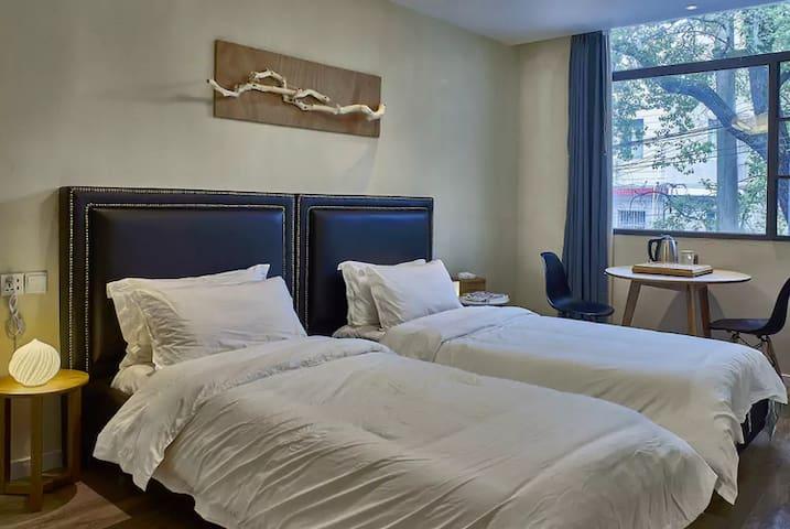 麓墅B02--您远方的家 近地铁二号线,临麓山风景区的特色民宿精品酒店 - Changsha - Pousada