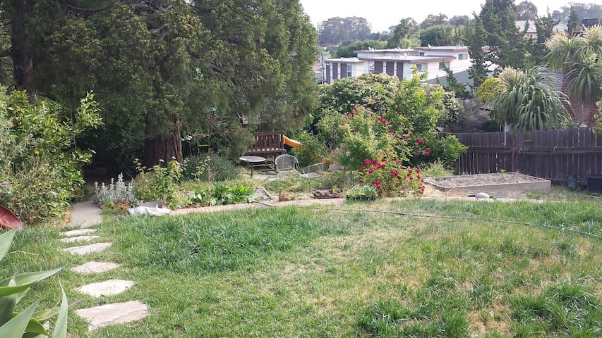 Spacious, Quiet East Bay Sanctuary! - Pinole