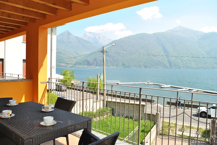 The Beach - Front lake apartment with parking - Provincia di Como - 公寓