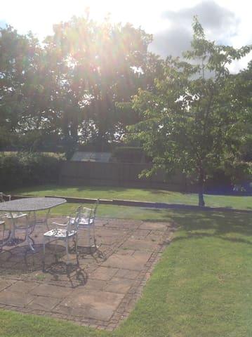 Country Cottage, close to London - Edenbridge - Rumah