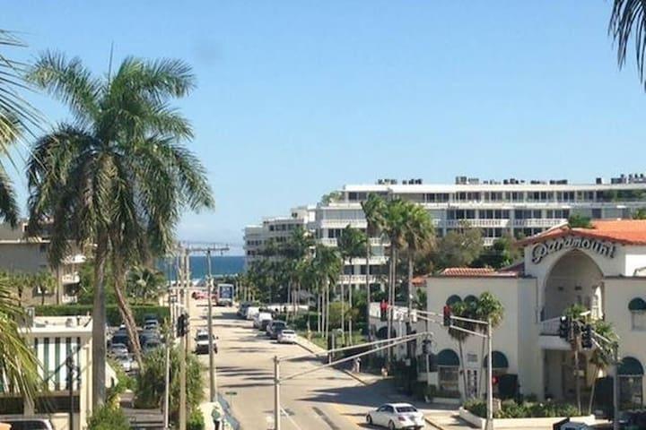Palm Beach Pool View Updated Studio near Ocean - Palm Beach - Byt
