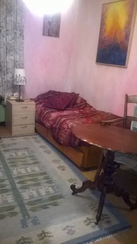 Room for rent (pref.woman) - Albavilla - Apartamento
