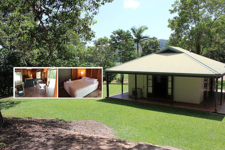 Fully self contained semi-detached bungalow - Miallo - Bungalow