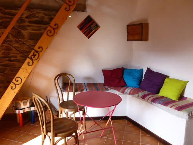 La Clédette, à Besses, hameau, Ponteils et Brésis - Génolhac - Casa