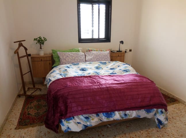 Huge room with private shower - Arad - Casa