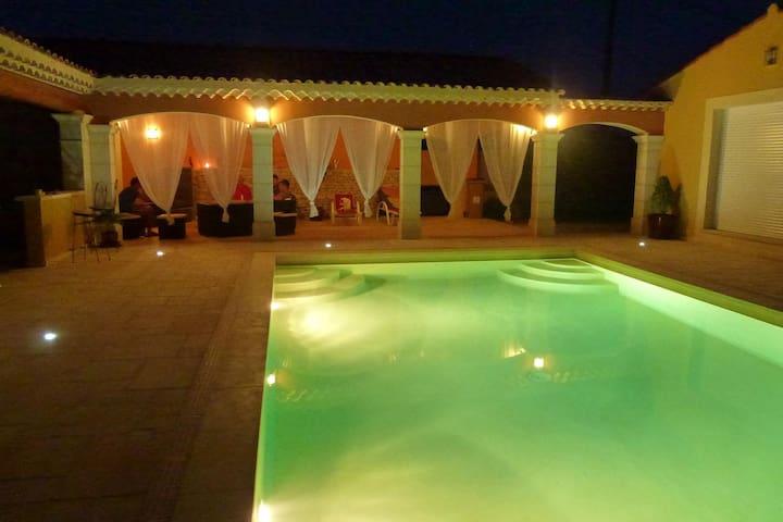 Gite de charme flamenco gypsi - Arles - Appartement