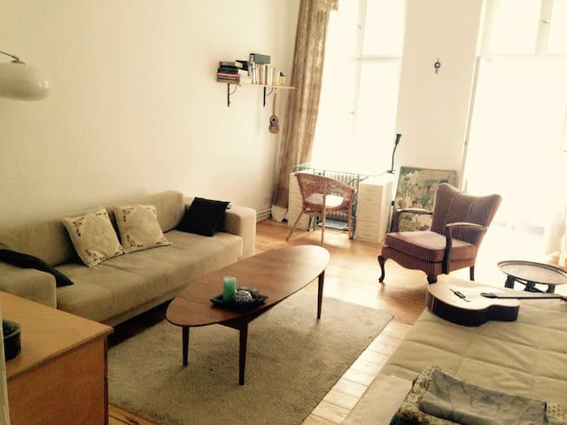 "Great stay in an original ""Berlin Altbau"" - Berlin - Apartament"