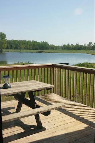 Down by the Lake - Linwood - Casa
