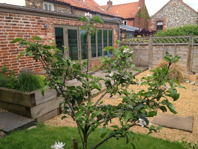 Perfect cottage in stunning village - Castle Acre - Huis