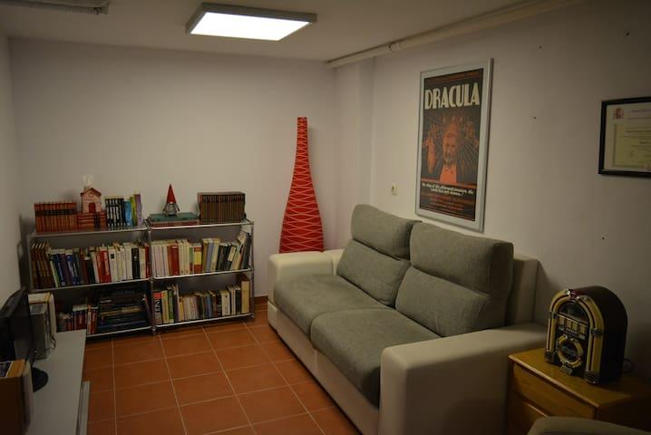 Habitación acogedora en Villaviciosa de Odón - Móstoles - Dom
