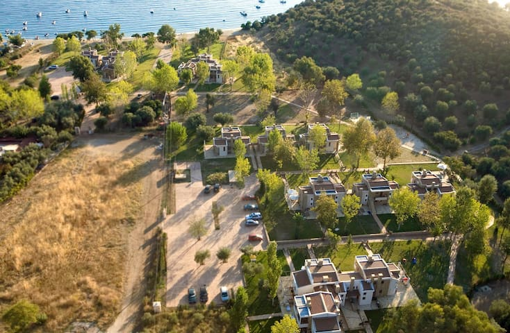 Villa with private sand beach - Agia Kiriaki - Villa