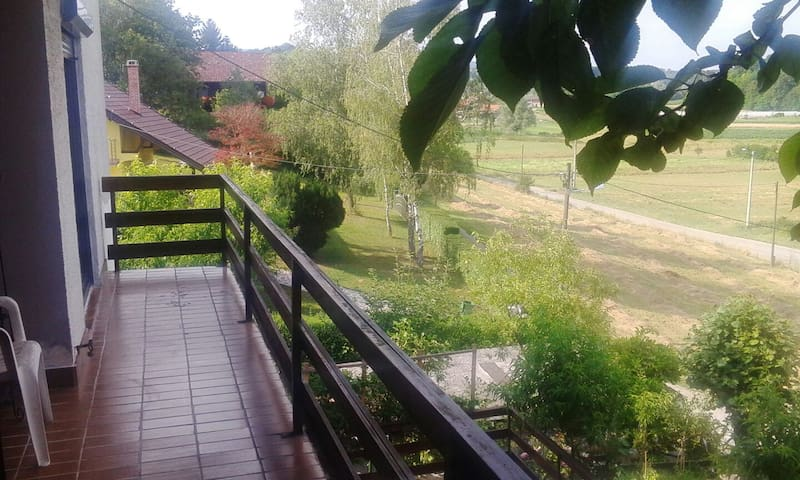 Apartmant in nature next to Zagreb - Blaškovec - 一軒家