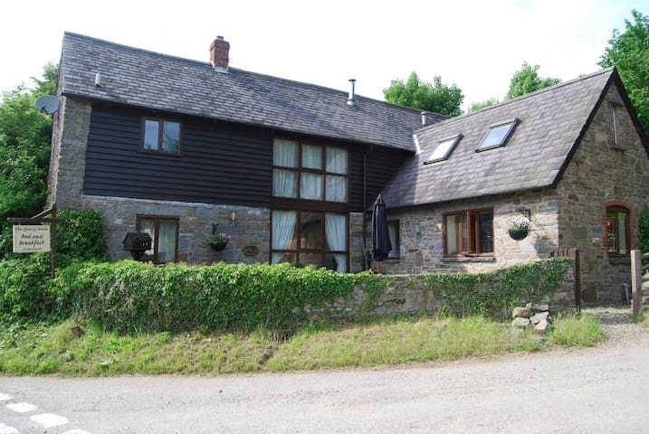 The Quarry House Bed & Breakfast - Newcastle on Clun - Bed & Breakfast