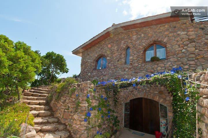 Natura e pietre - San Vito - Daire