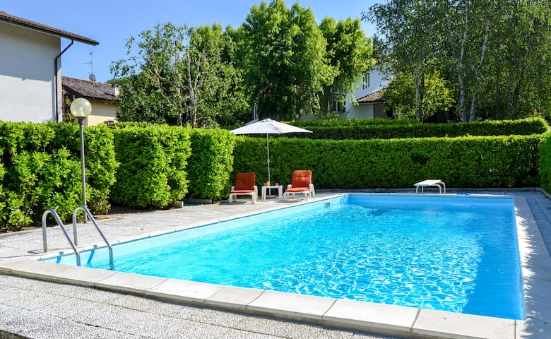 Cozy lovely flat with swimming pool - Salice Terme - Appartement