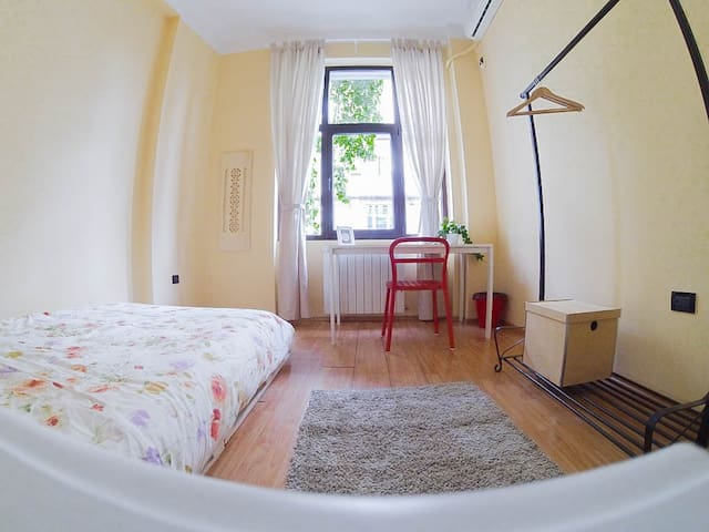 Super Central Cosy Room - Boekarest - Appartement